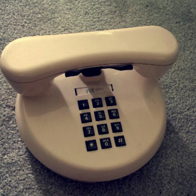 Vintage Phone . Not Sure If It Works And It's Lacking The Cord But It Looks Great For Decoration Purposes. Price Is Negotiable And I'm Open To Offers.