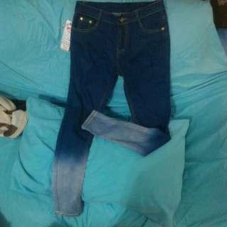 ✨漸層窄管牛仔褲