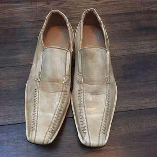 Beige Men's Dress Shoe