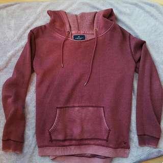 ❤American Eagle Burgendy Sweater