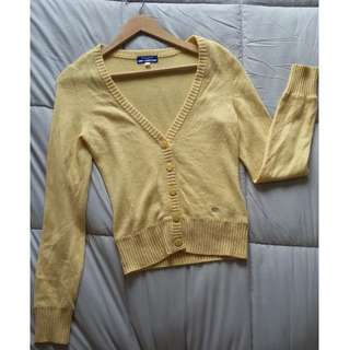 Burberry Blue Label Long Sleeve Yellow Sweater Size 38 **RARE**