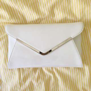 🌻 PATENT WHITE FORMAL CLUTCH 🌻