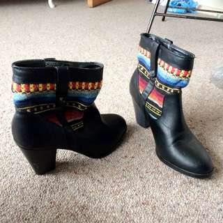 Black Boots With Colourful Sides