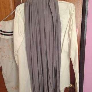 白色維領襯衫