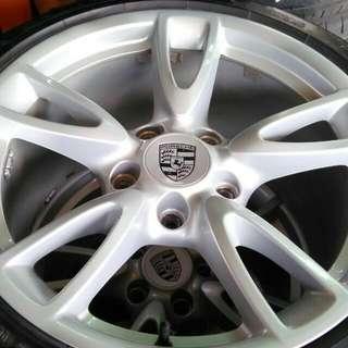 PORSCHE 18吋鋁圈輪胎組 前後配 5/130