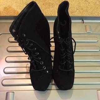 Roc Black Boots