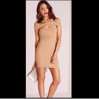 🐽MISSGUIDED cut out panel bardot body con dress