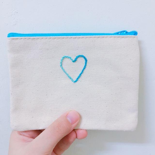 愛心刺繡零錢包💙