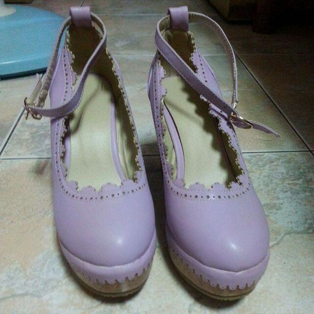 紫色花邊楔型鞋  38號(24)