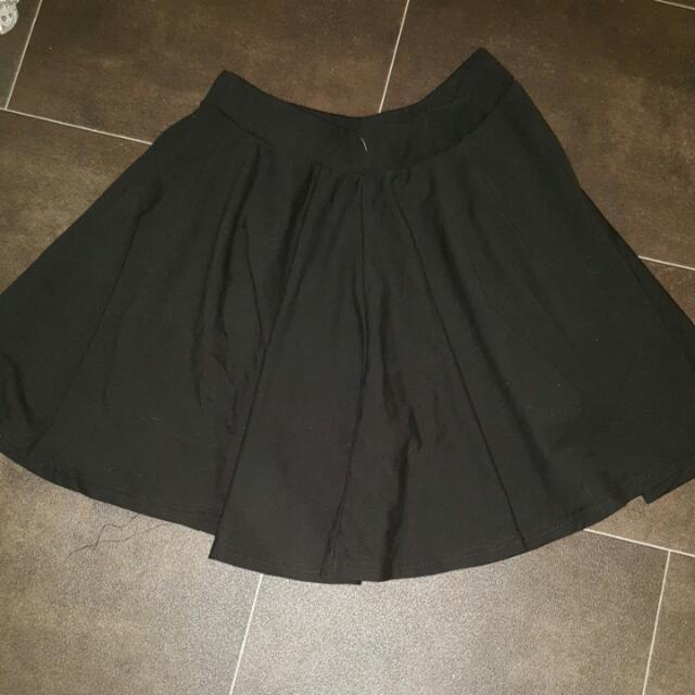 Black Size Small Skater Skirt
