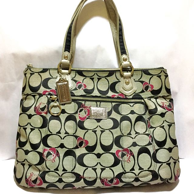 🎉SUPER SALE🎉 REPRICED!! Coach Signature Poppy Cinch Bag (Authentic)