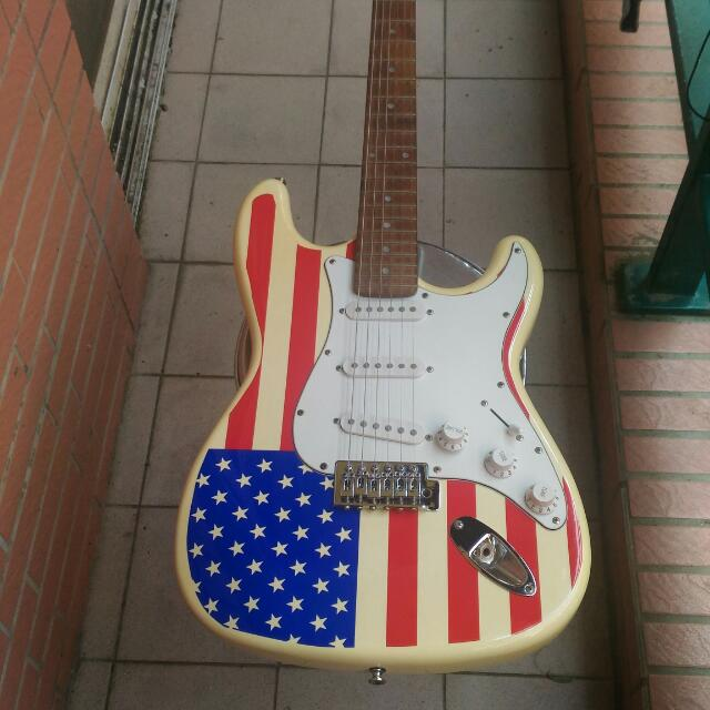 electric guitar 电吉他