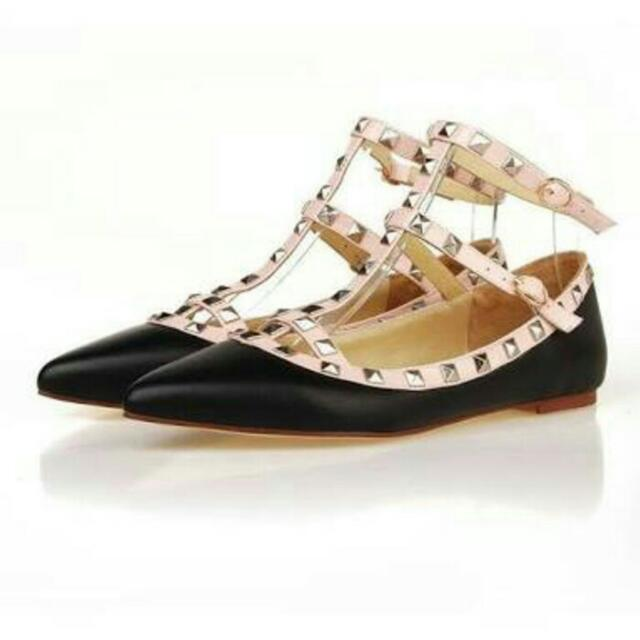 Flat Shoes Valentino