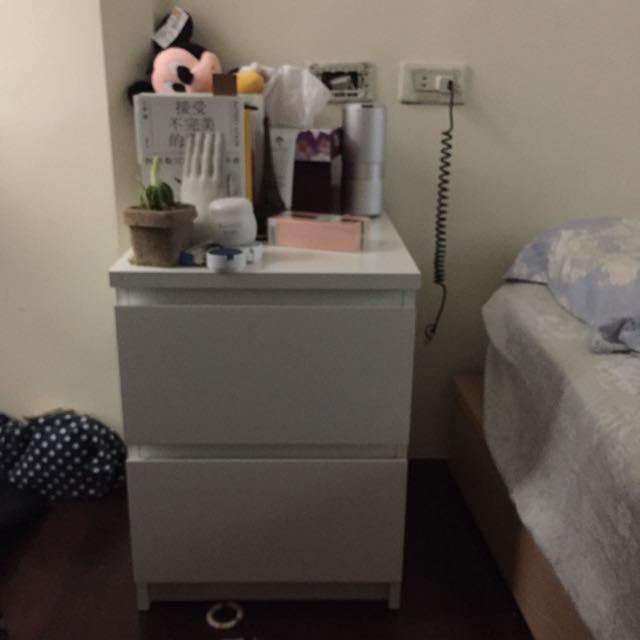 床頭櫃IKEA 白色 兩抽屜