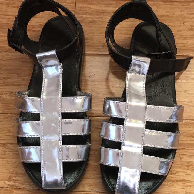 Mooloola Shoes