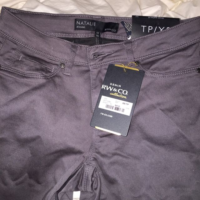 NEW RW&CO Jeggings
