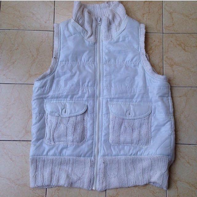Rompi Winter / White Rompi / White Jacket / Winter Jacket