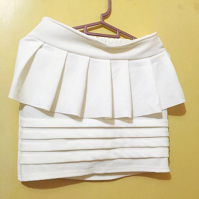 SALE!! White Mini Skirt