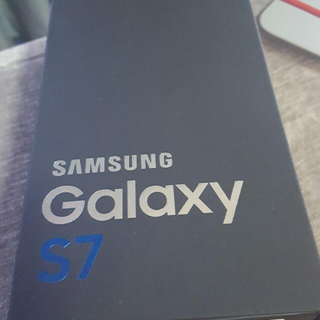 Samsung S7 32gb Gold G930f Sealed