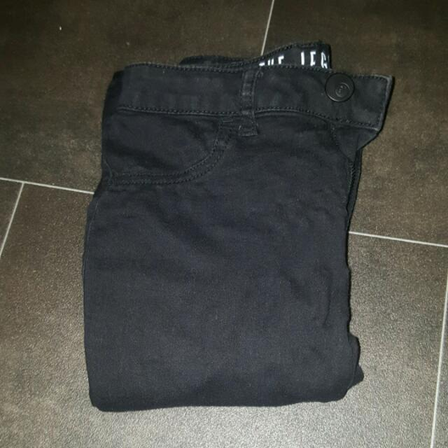 Size 6 Mid Rise Jeggings