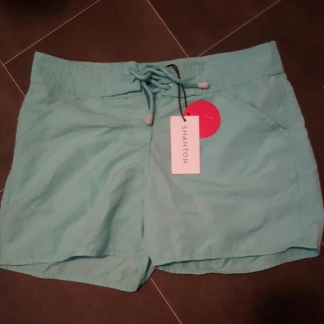 Size 8 New Boardshorts