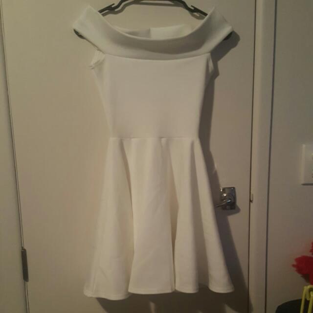 Size UK 6 Off Shoulder Dress