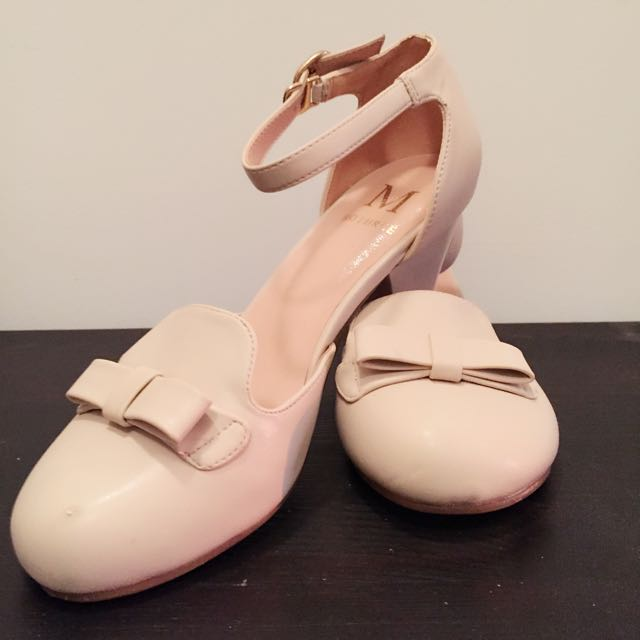 Used Pinky Low Heels👡