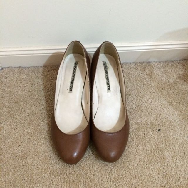 WINDSOR SMITH Brown Kitten Heels