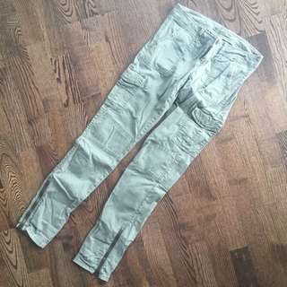 American Eagle Cargo Pants (Army Green)