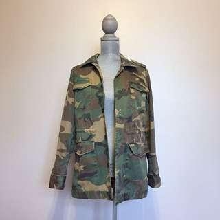 Camo Aritzia Jacket - Medium