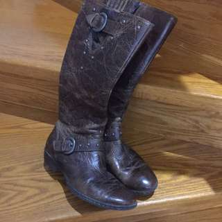 Women's Brown Leather Riding Boots Worn 3 Times Very Comfortable Size 81/2