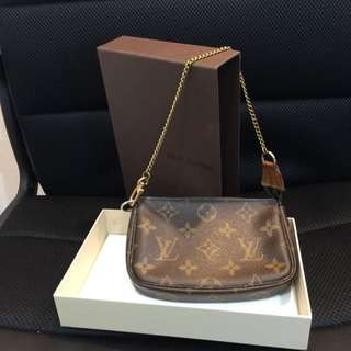 💯Authentic LV Mini Pochette Monogram Canvas