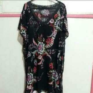 Cover Up Size M/L
