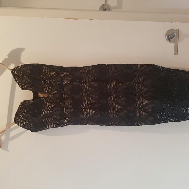 2 Tone Black Lace Dress Size 6