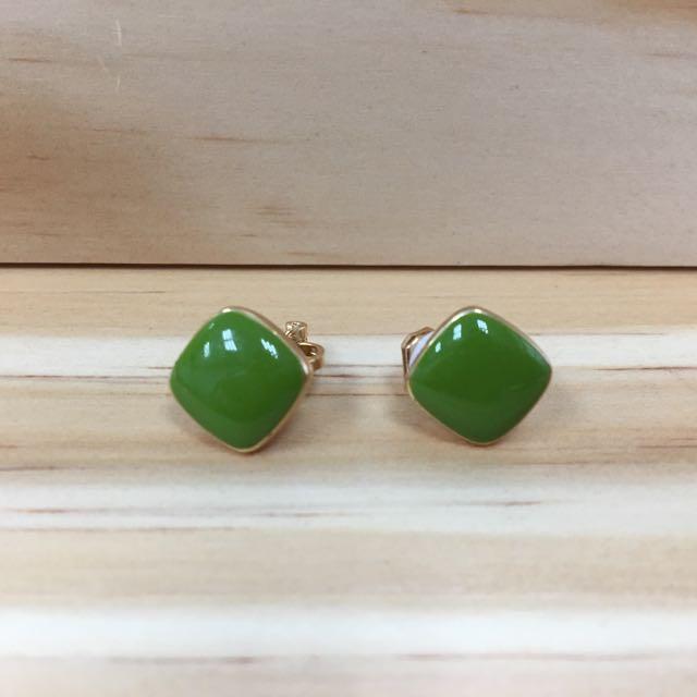 綠色方形夾式耳環