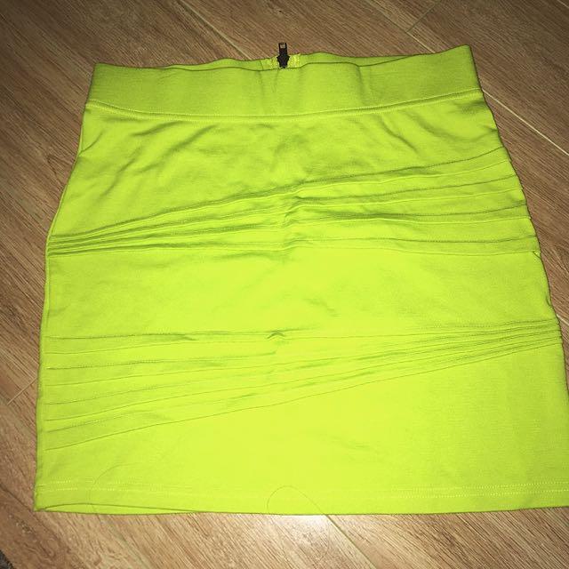 355f8f3134 Bardot Lime Green Mini Skirt, Women's Fashion, Clothes on Carousell