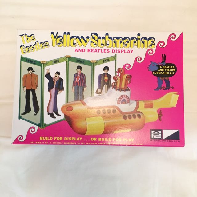 Beatles Yellow Submarine model kit
