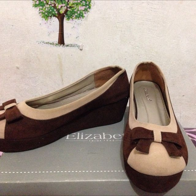 Elizabeth Wedges Shoes