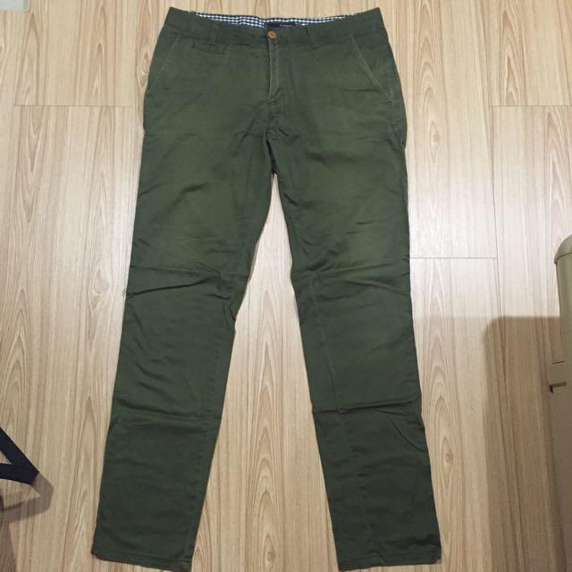 H:connect 軍綠色休閒褲