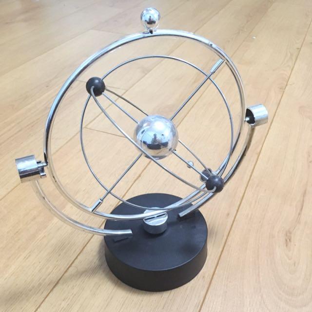 Kinetic Orbiter Office Desk Toy