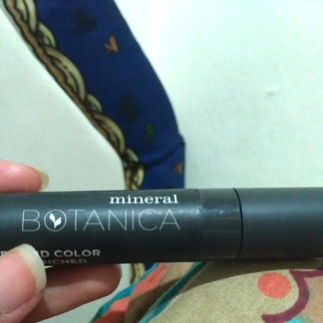 Mineral Botanica Lip Cream