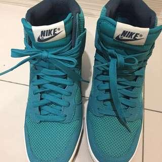 全新 Nike 增高鞋 24.5