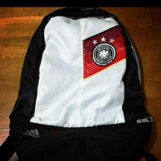 徵求!adidas 後背包 世界杯 德國國家隊