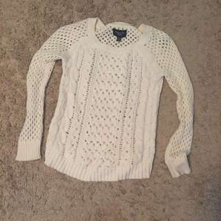 AE white knit sweater