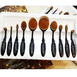 Anastasia Paddle Brush Set
