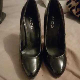 Black Aldo Heels Size 6
