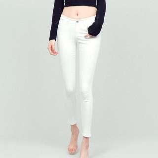 NEW: Skinny Jeans (White)