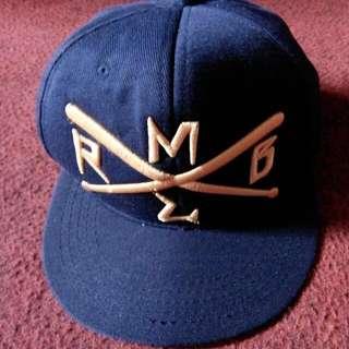 Topi Navy