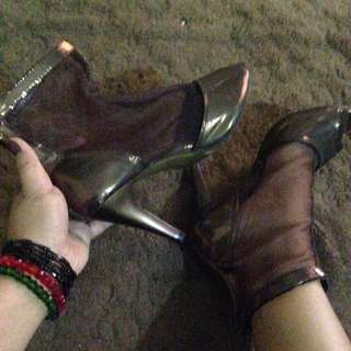 heels... 39