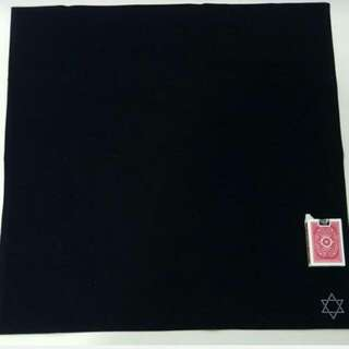 velvet cloth with star tarot